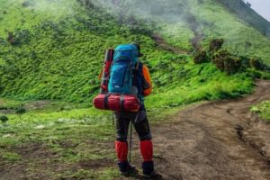 Whats The Best Walking Gaiters For The Countryside (UK Buyers Guide 2021)